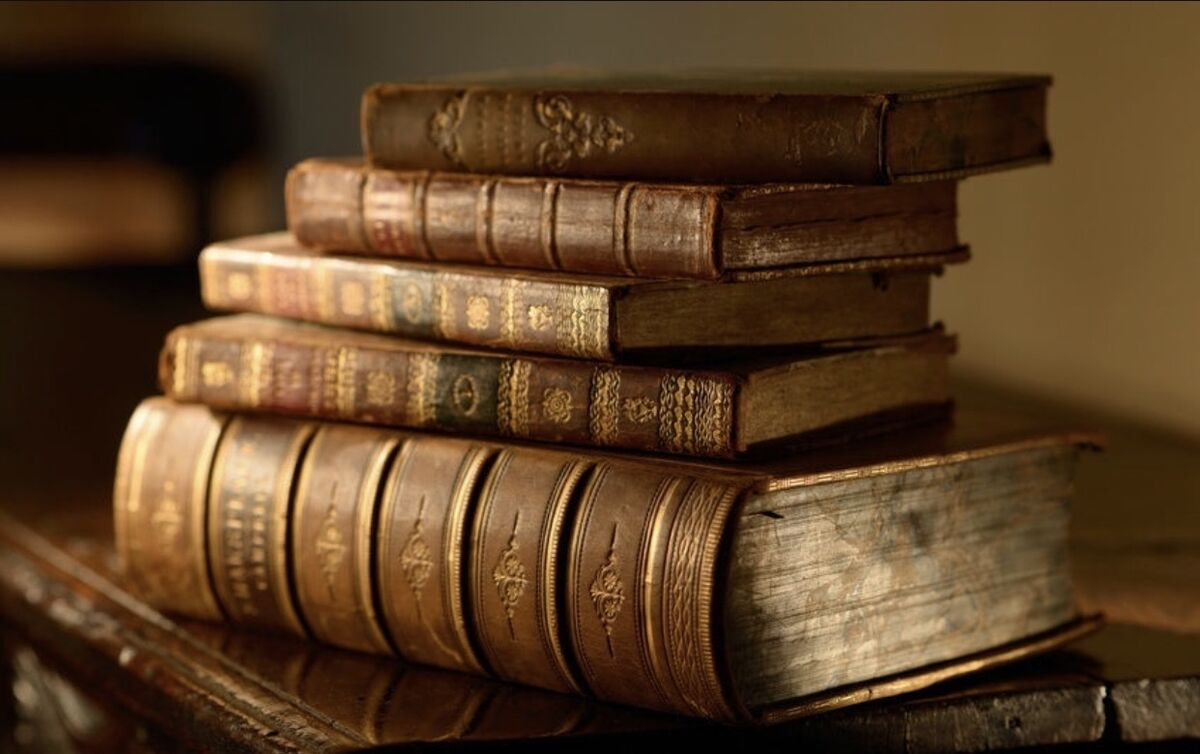 Antique Books-And-More