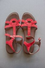 "Size 37 ""Clarks"" Lovely Ladies Flat Sandals. Great Condition! Bargain Price!"