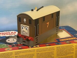 Hornby Oo Gauge Thomas and Friends Toby the Tram R9046