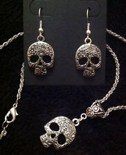 Sugar Skull Earrings & Necklace *SET* Rockabilly  Day of the dead gothic vintage