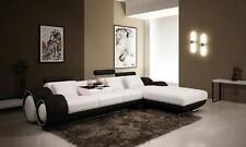 Einfarbige Sofas aus Leder in aktuellem Design für das Schlafzimmer