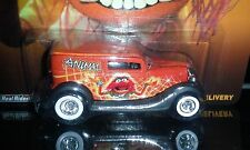 HOT WHEELS 2014 THE MUPPETS '34 FORD SEDAN DELIVERY