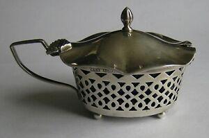 An Edwardian silver mustard pot, WGK, Birmingham, 1901
