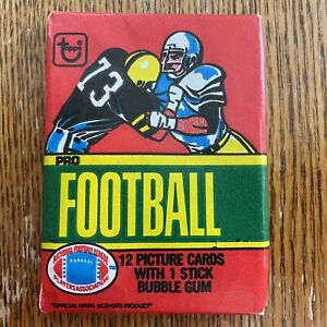 One 1980 TOPPS NFL Football Trading Cards Unopened Sealed Wax Pack #73 Variation