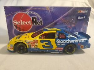 Action 1999 #3 DALE EARNHARDT Wrangler Goodwrench Monte Carlo 1:24 Diecast CWB
