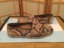 TOMS Classic Women's Beige Suede Snakeskin slip-on comfort 6W