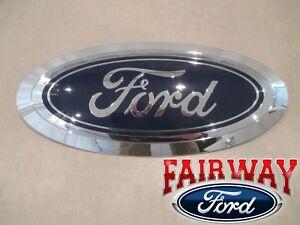17 thru 19 Super Duty F-250 F-350 F-450 F-550 OEM Genuine Ford Grille Emblem NEW