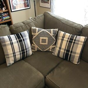 Pier 1 Lot of 3 Pillows Gray Black White Throw/Couch Pillows 16 X 16