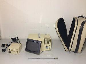ULTRAVOX: DESIGN OFFREDI 1969, SPACE AGE RADIO TV TELEVISORE COLIBRI (BRIONVEGA)
