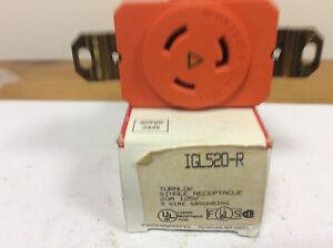 Pass & Seymour IGL520-R Turnlock Single Receptacle, 20A 125V, 2P, 3W