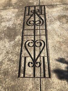 Metal outdoor garden frame (quantity 2)