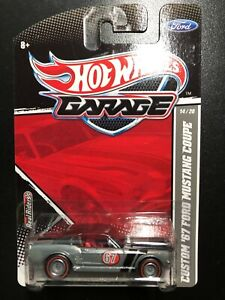 2011 Hot Wheels Garage Custom 67 Ford Mustang Coupe Silver 14/20 w/RR's Redlines
