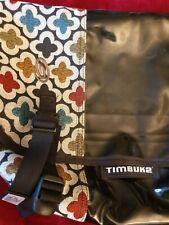 "Timbuk2 Messenger Bag, pattern canvas, patent black plastic, hook&loop,18x10.5"""