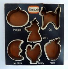 ALUMODE Halloween Metal Cookie Cutters With 4 Recipes.Original Box.Vintage