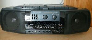 TELEFUNKEN RC7611 Boom Box Ghettoblaster Stereo Radio Recorder Doppel Cassetten