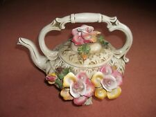 Capodimonte porcelain vintage tea pot with authenticity card, beautiful.