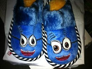 Despicable Me Minions Kids Plush Slippers Blue and Yellow