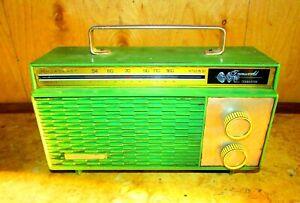 Vintage Sanyo transistor radio 1956's, Radio Boxed Green, Good Working MO 6C-118