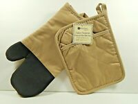 Kitchen Trends 2 Piece Neoprene Oven Mitt & Potholder Set Beige