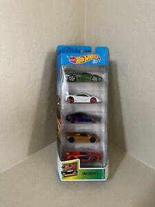 Hot wheels Jaguar, Mclaren, Aston Martin, Lamborghini Hw Exotics 5- Auto Pack A8