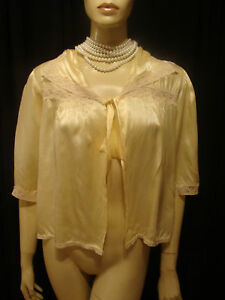 40s VINTAGE YELLOW SATIN BED JACKET LACE SMOCKING S-M