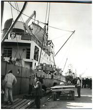 Le navire Odessa dans un port tunisien Vintage silver print Tirage argentique