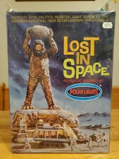 Polar Lights Lost in Space Model Kit Cyclops Chariot 5032 Unassembled 98