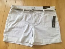 NWT Apt 9 Womens Mid Rise White Denim Jean Belted Rolled Shorts Size 16 Stretch