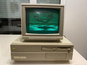 Commodore Amiga 2000 in working condition