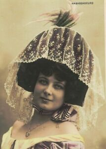 ME2696 THEATRE 1910-20 FAMOUS BERNY WITH FUNNY LACE VICTORIAN HAT, WALERY PARIS