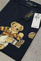 """Polo Ralph Lauren Classic-Fit T-Shirt mit """"Bear plays football"""" Shirt S-XL navy"""