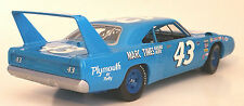 MARC TIMES RACING NEWS 1/18 RICHARD PETTY #43 1970 PLYMOUTH SUPERBIRD