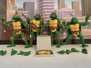 NECA TMNT Leonardo Donatello Raphael Michelangelo Cartoon Wave 2