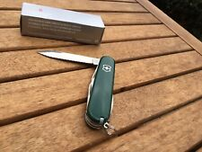 Victorinox 91 mm_Weekender 1.3603.4W_Serrated green