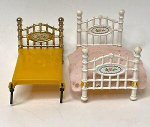 Mattel Vintage 1980 The Littles Dollhouse Bed (Lot Of 2)