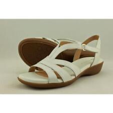 Sandalias y chanclas de mujer Naturalizer de tacón medio (2,5-7,5 cm) de color principal blanco
