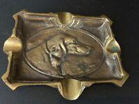 Ancien XIXE ART NOUVEAU cendrier en bronze thème chasse «chien»