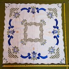 Maison Strauss Hand Embroidered Christmas Tablecloth Tea table square Linen
