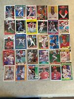 Barry Larkin Mixed 30 Card Lot - Cincinnati Reds HOF