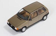 ixo 1:43 1983 Fiat Uno, champagne