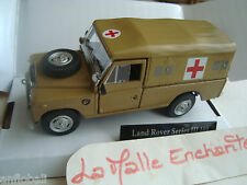 miniature Land Rover série 3 mili ambulance 1/43 neuf en boite Conduct has right