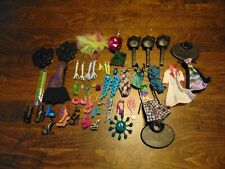 MONSTER HIGH DOLL LOT Mixed  with Shoes, Body Parts, Accessories