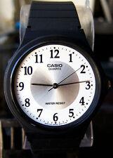 Reloj Nuevo Casio MQ-24-7B3 Hombres Análoga Blanco Resina