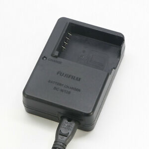 Original FujiFilm BC-W126 Charger For NP-W126S X-T10 X-T3 Pro2 M2 A10 HS35 X100V