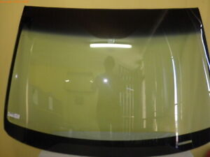 HOLDEN COMMODORE VE - 8/2006 to 4/2013 - SEDAN/WAGON/UTE - FRONT WINDSCREEN GLAS
