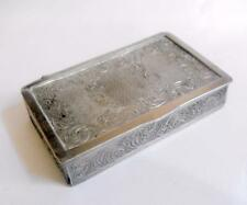 Vintage base silver tone metal embossed and engraved snuff box 11463