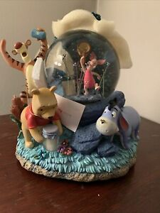 Disney Pooh Fireflies Snow Globe Song Title: Winnie The Pooh