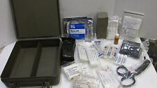 POST VIETNAM ERA US MILITARY VEHICLE FIRST AID KIT MEDICAL BOX W/ CONTENTS 1977