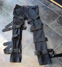Hose von Aderlass mit vielen Schnallen, schwarz, Gothic