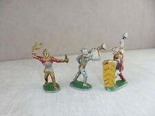 Lot de 3 anciens soldats Quiralu, moyen age